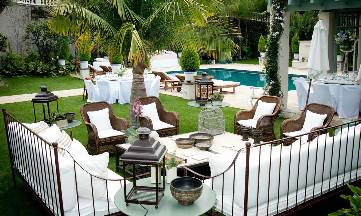 Jardines y piscinas dise os arquitect nicos - Fotos de piscinas y jardines ...
